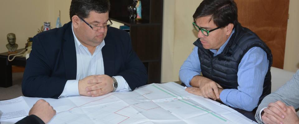 El intendente Nedela y el Ministro de Producción Tizado trazaron acciones para potenciar el Sector Industrial Planificado