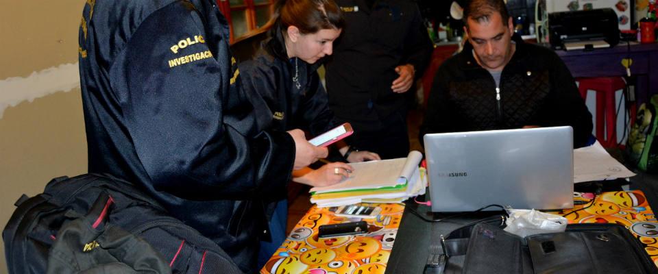 En un nuevo allanamiento un menor fue identificado como autor de varias llamadas intimidatorias a escuelas