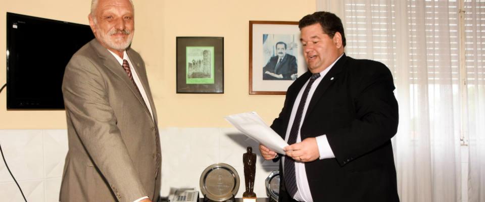 El intendente Jorge Nedela puso en funciones a Carlos Festa como nuevo responsable del Juzgado Municipal de Faltas N° 2